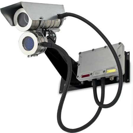Видеокамера с прожектором инфракрасного излучения в взрывозащищенном корпусе