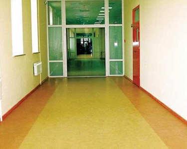 Противопожарный линолеум в больнице