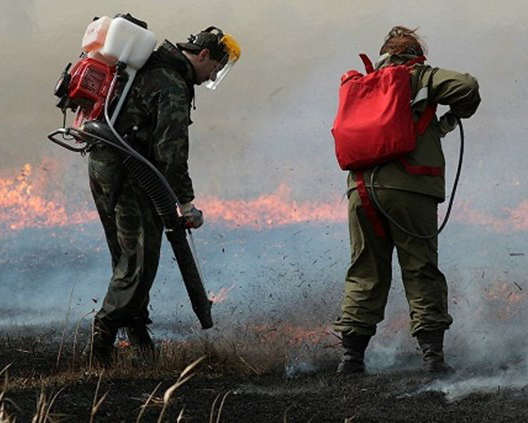 Ранцевые огнетушители в процессе эксплуатации